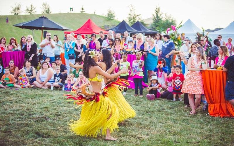 The Dancing Fire in California for Hawaiian Luau Parties