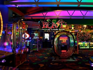 Blast Arcade and Laser Maze