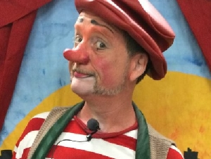 Bonzo Crunch Clown Entertainers for Hire in Travis County Texas