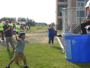 Bounce Zone Dunk Tank Rentals in New Haven County CT