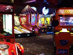 Circle Bowl And Entertainment Arcade Parties For Kids In NJ