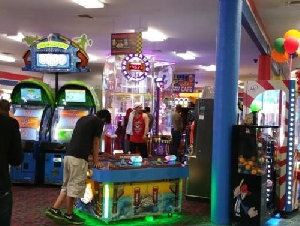 FunTrackers indoor arcade party places in Texas