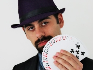Joe Bongio The Magician Kids Party Magician In Massachuetts