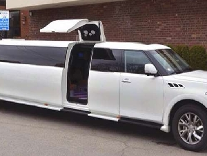 Reliance Group NYC birthday party limo service